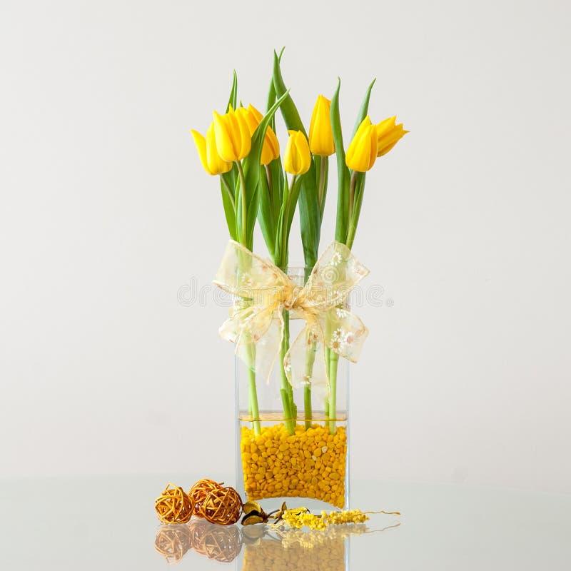 Ramalhete das tulipas fotografia de stock