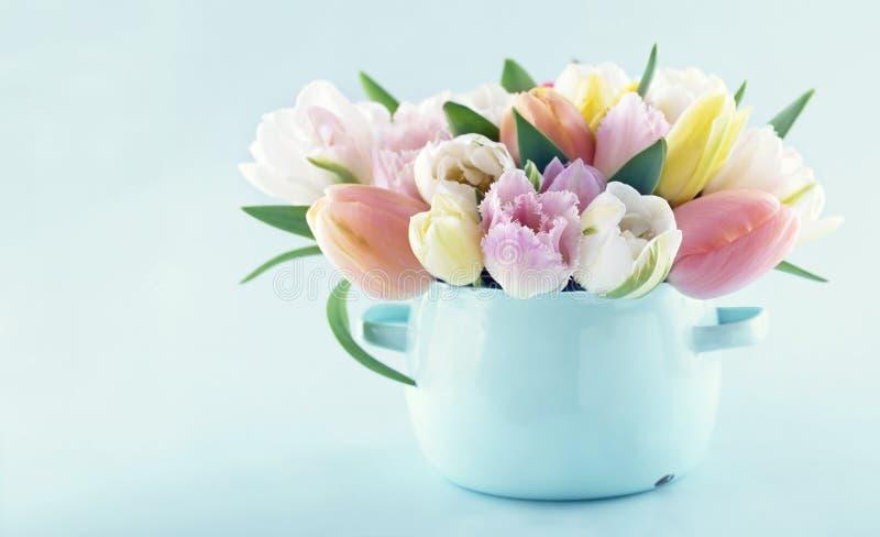Ramalhete das tulipas 1 da mola imagem de stock royalty free