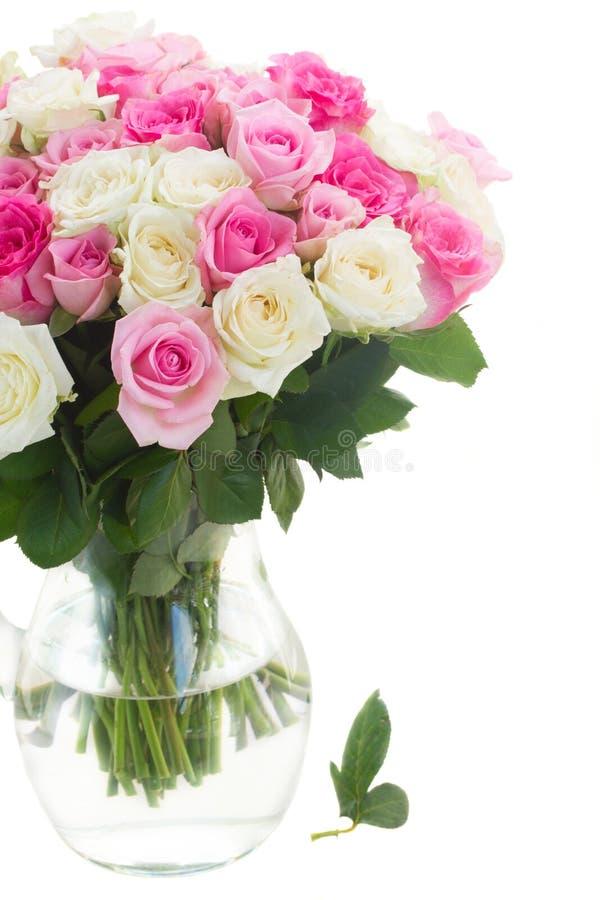 Ramalhete de rosas frescas fotografia de stock