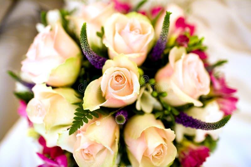 Ramalhete do casamento das flores imagens de stock