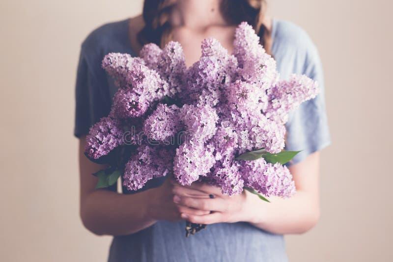 Ramalhete dos lilacs imagens de stock