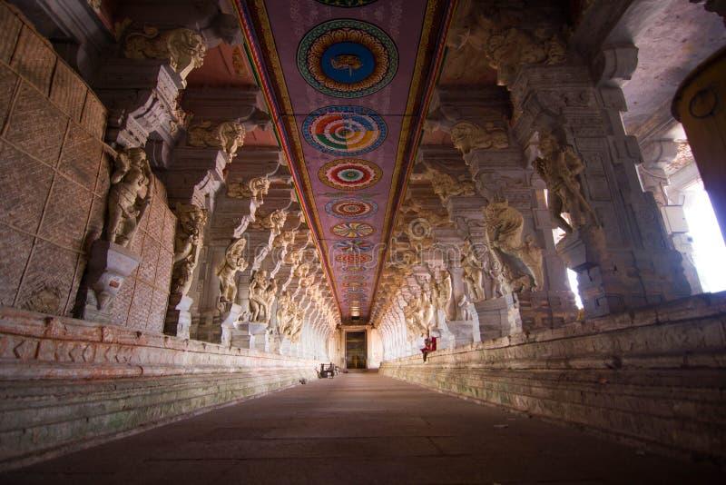 Ramanathswamy tempel på Rameswaram (Tamilnadu, Indien) royaltyfria bilder