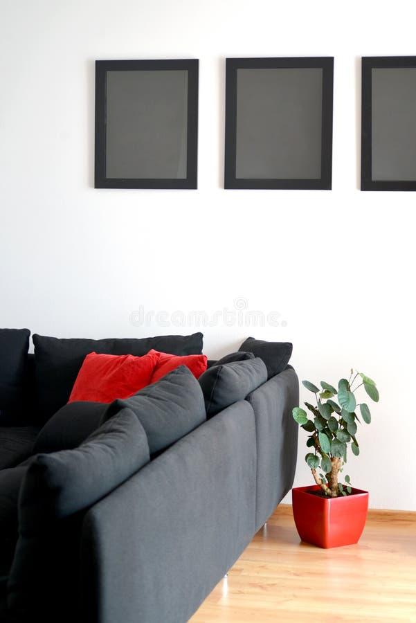Ramar på väggen arkivbilder