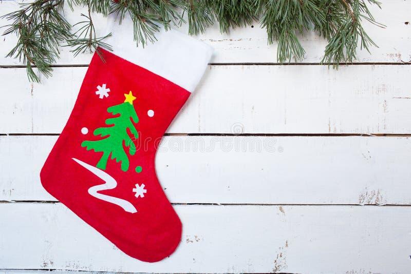 Ramas de la media y del pino de la Navidad foto de archivo