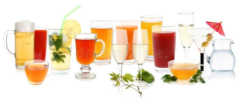 Ramassage de boissons image libre de droits