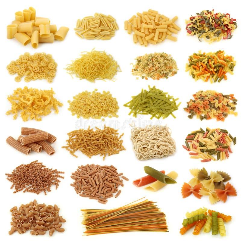 Ramassage de pâtes images stock