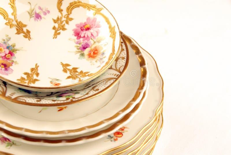 Download Ramassage De Vieilles Plaques Photo stock - Image du café, ornement: 8668330