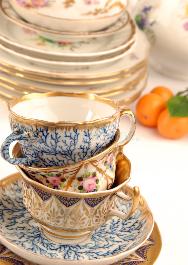 Ramassage de vieux dessus de table images stock