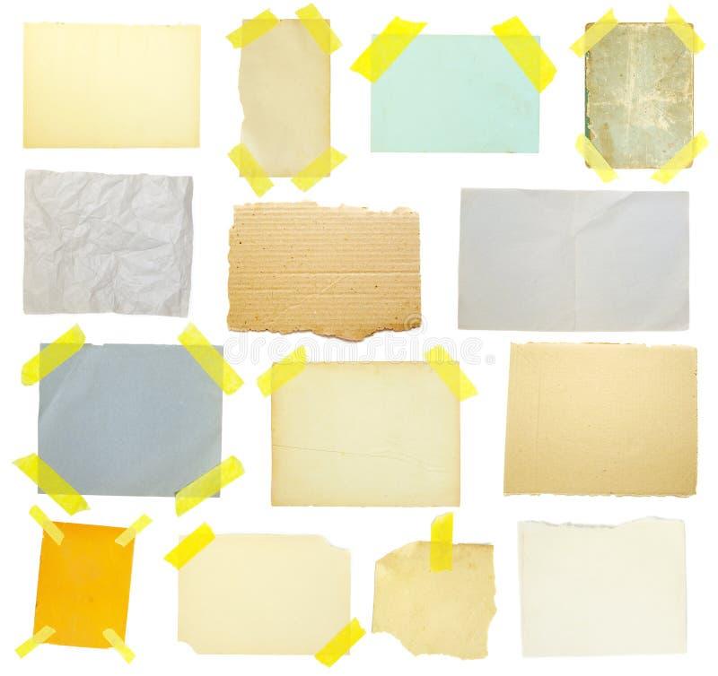 Ramassage de vieux papier de note images stock