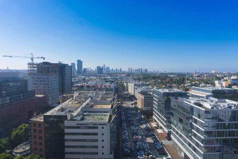 Ramat HaYal, ISRAELE - 9 dicembre 2017: Vista panoramica del distretto di Ramat HaChayal, telefono Aviv-Yafo, Israele fotografie stock libere da diritti