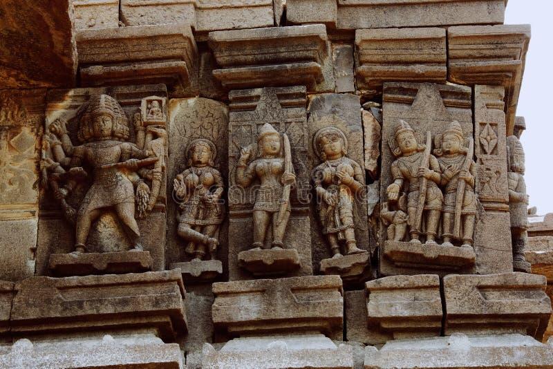 Ramayana cyzelowania, Palasnath świątynia, Palasdev na stojących wodach Ujani tamy maharashtra fotografia stock