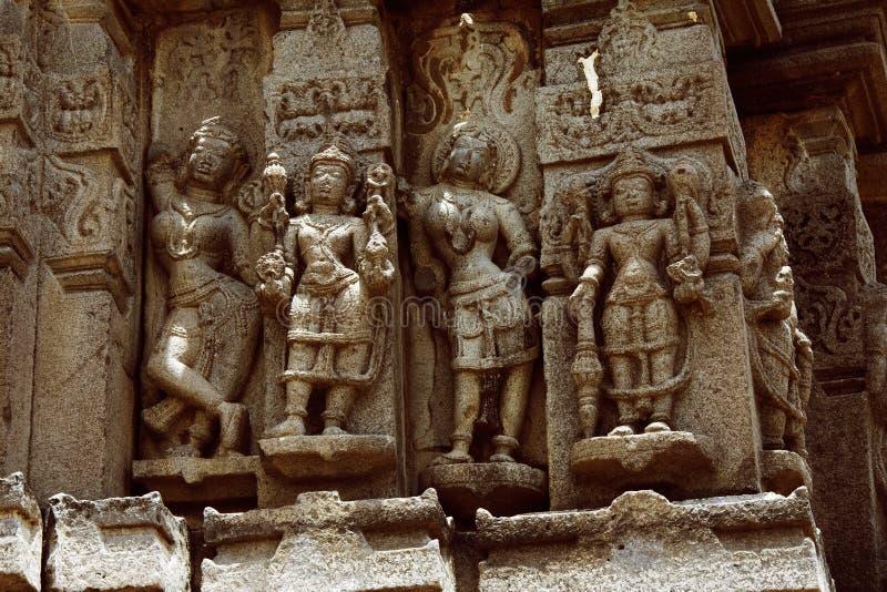Ramayana cyzelowania, Palasnath świątynia, Palasdev na stojących wodach Ujani tamy maharashtra zdjęcia royalty free
