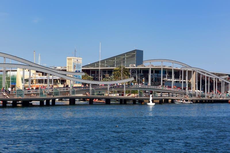 Rambla Del Mar порта Vell в Барселоне стоковая фотография