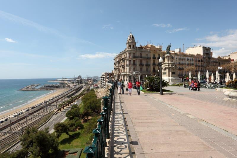 Rambla in Tarragona, Spanien stockfotografie