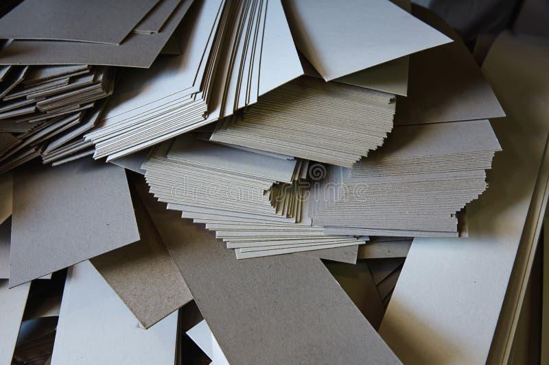 Rame de papier de bande dessinée de guillotine de coupe photos stock
