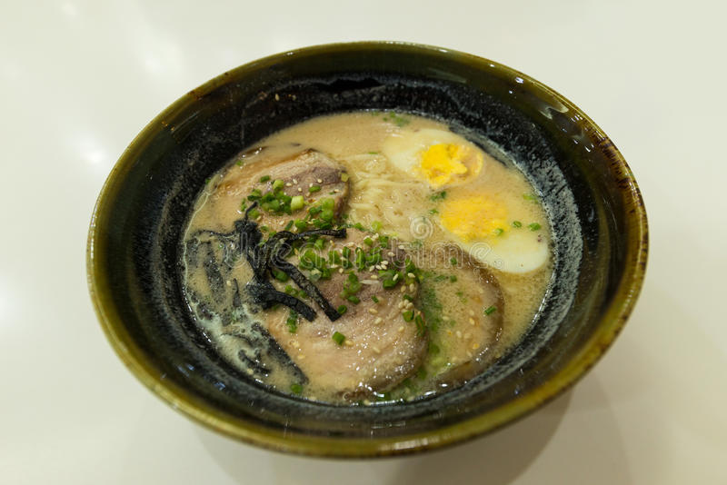Ramen στο ιαπωνικό τοπικό εστιατόριο στοκ εικόνα