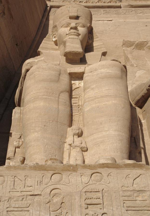 Ramesses em templos de Abu Simbel em Egipto imagem de stock royalty free