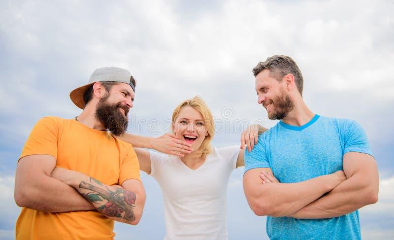 Ramię na którym polegać możesz ty Odczucie wygodny z przyjaciół współczłonkami drużyny Zaufania i poparcia atrybuty prawdziwa dru zdjęcia royalty free