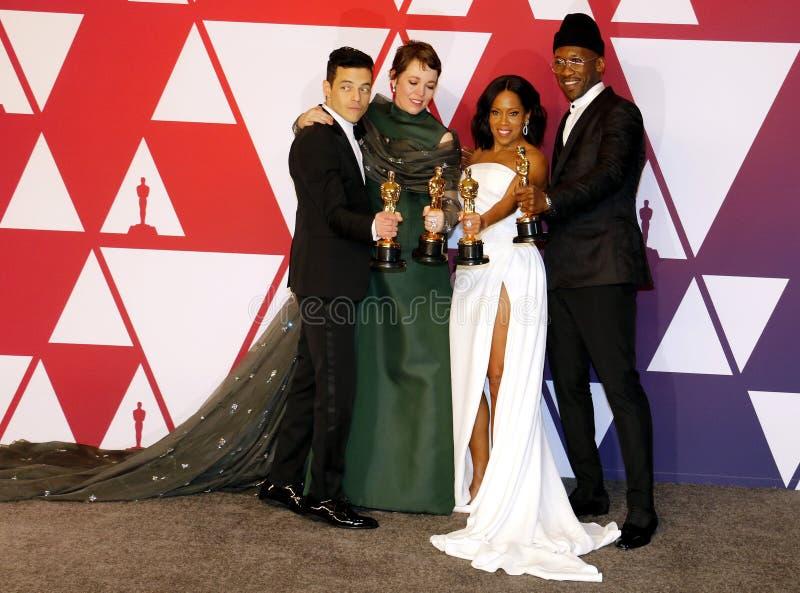 Rami Malek, Olivia Colman, Regina King en Mahershala Ali stock foto