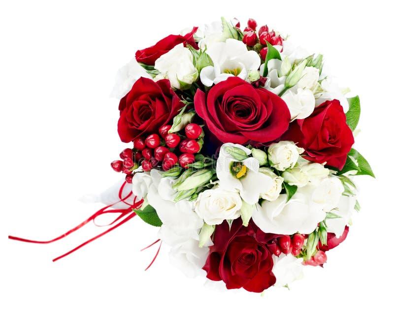 Ramo de la boda de las rosas blancas y rojas imagen de archivo libre de regalías