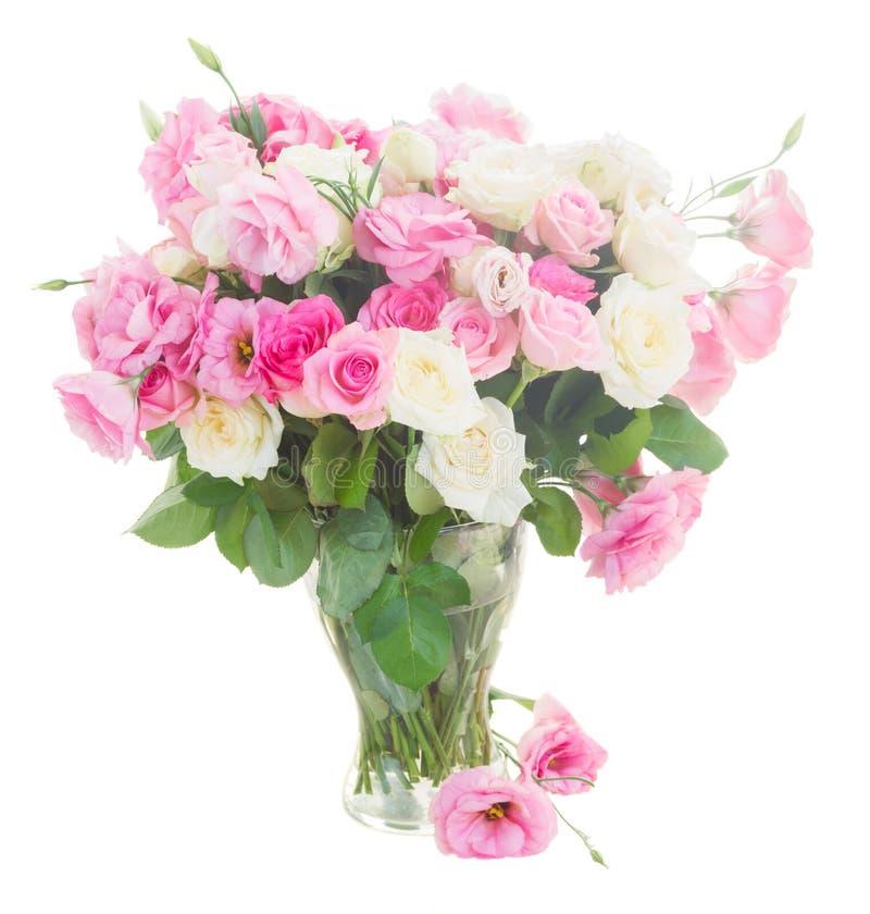 Ramo de rosas frescas imágenes de archivo libres de regalías