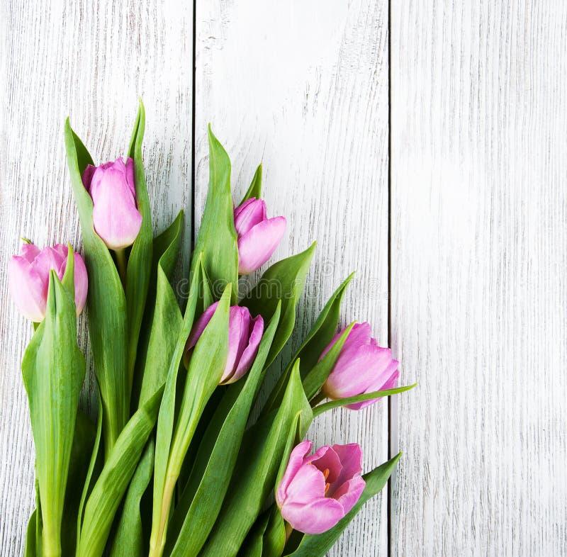 Ramo de tulipanes imagenes de archivo