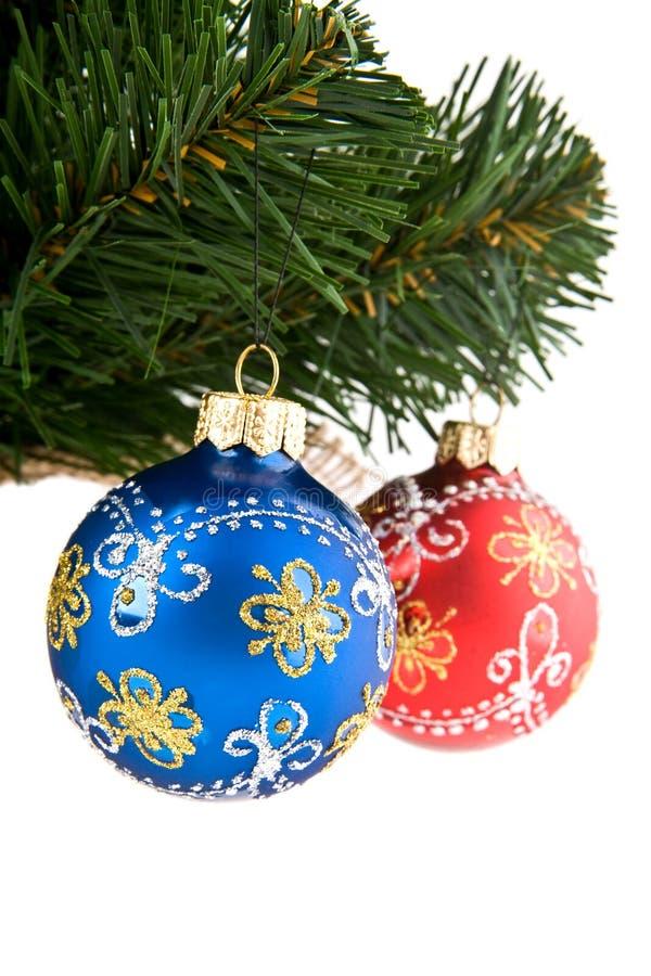 Ramo do abeto com o dekaraciyami ao Natal foto de stock royalty free