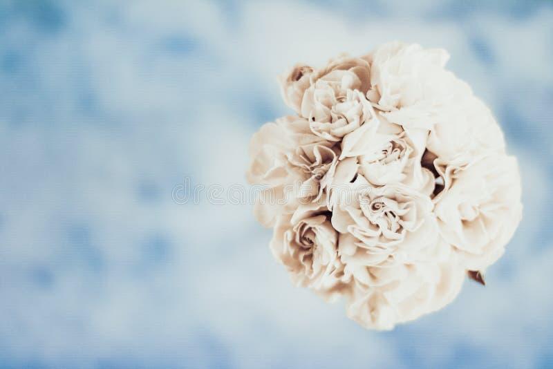 Ramo nupcial, casandose la decoraci?n imagenes de archivo