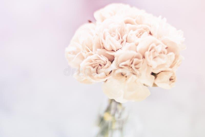 Ramo nupcial, casandose la decoraci?n imágenes de archivo libres de regalías