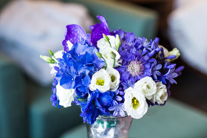 Ramo nupcial de diversas flores fotos de archivo libres de regalías