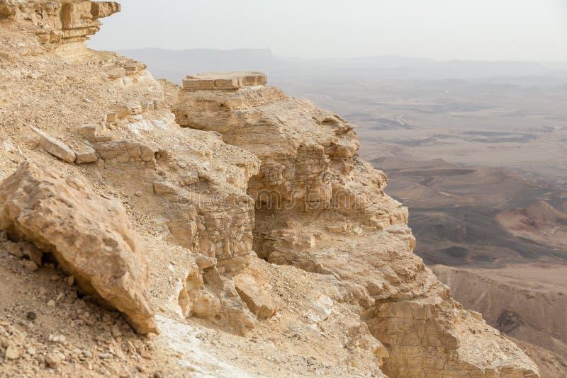 Ramon Crater in Negev-Woestijn in Mitzpe Ramon, Isra?l stock fotografie