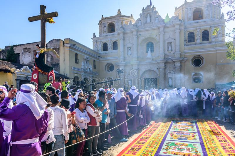 Ramos Domingo fuera de la iglesia de Merced del La, Antigua, Guatemala fotos de archivo