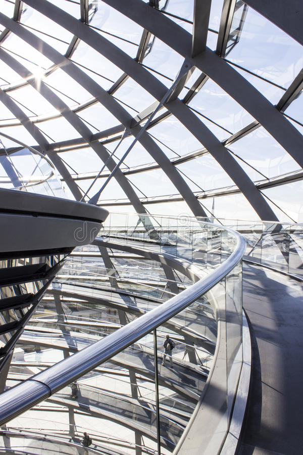 Ramp of reichstag stock photo image of enjoy building for Norman foster strutture