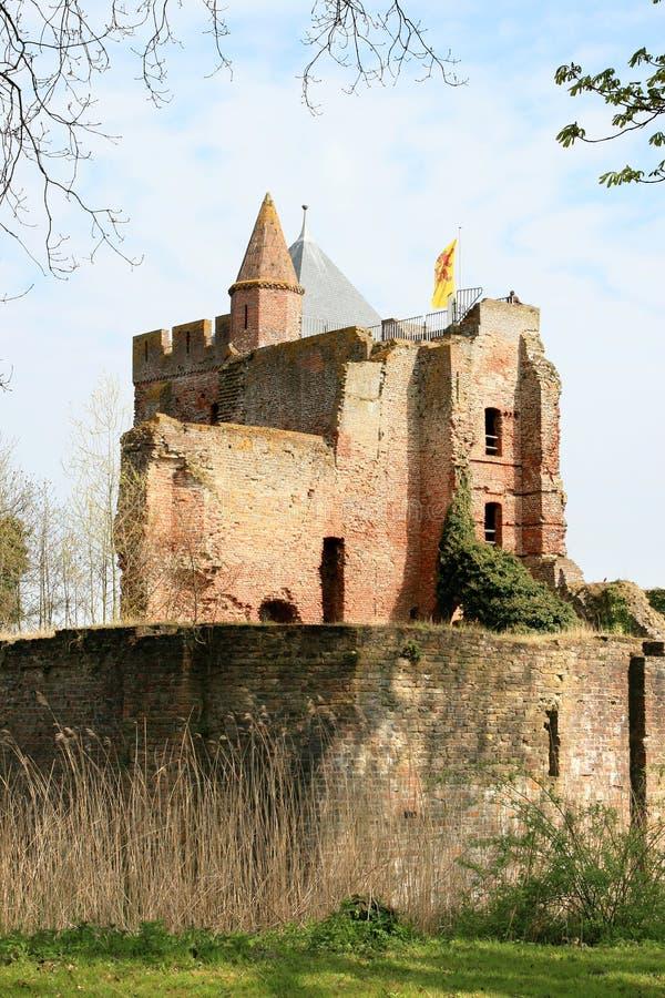 Rampart und Ruinen des Brederode Schlosses, Holland stockbild