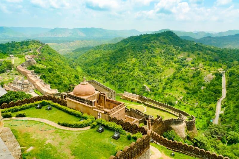 Kumbhalgarh fort walls and hills royalty free stock photos