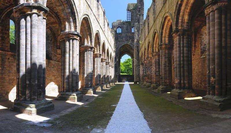 Rampe Principale Des Ruines D Abbaye De Kirkstall, Leeds, R-U Images libres de droits