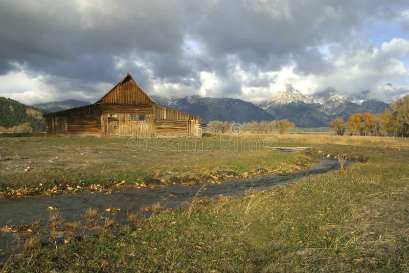 Ranch dans le pré photo libre de droits