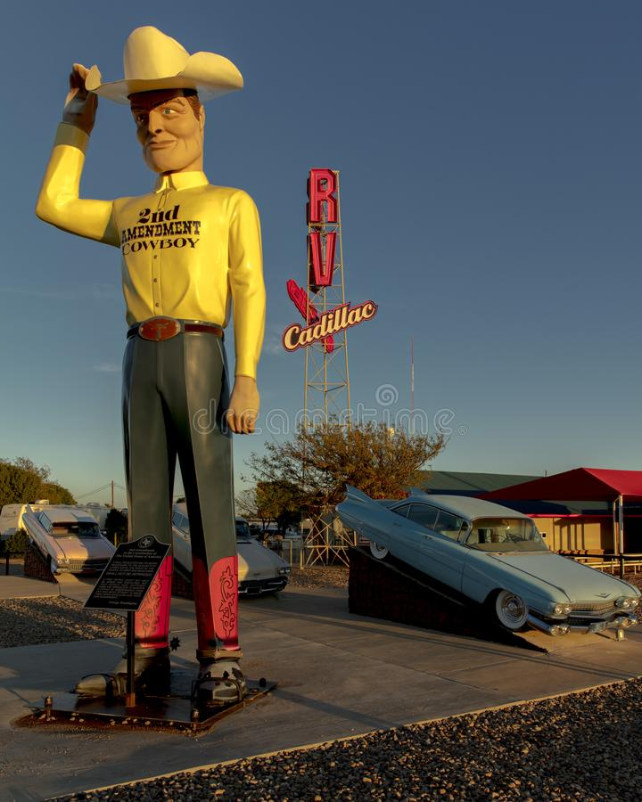 Ranch di Cadillac fuori di arte di Amarillo il Texas - di Americana installare immagini stock