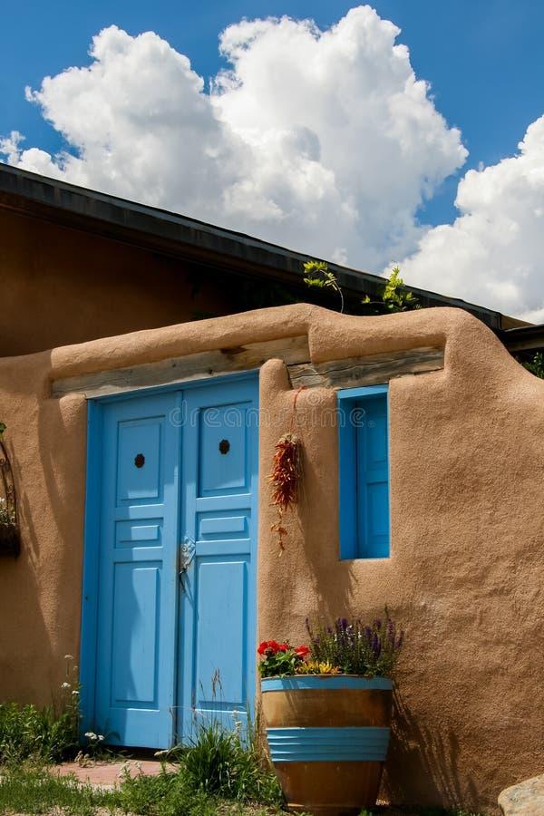 Ranchos de Taos i nytt - Mexiko fotografering för bildbyråer