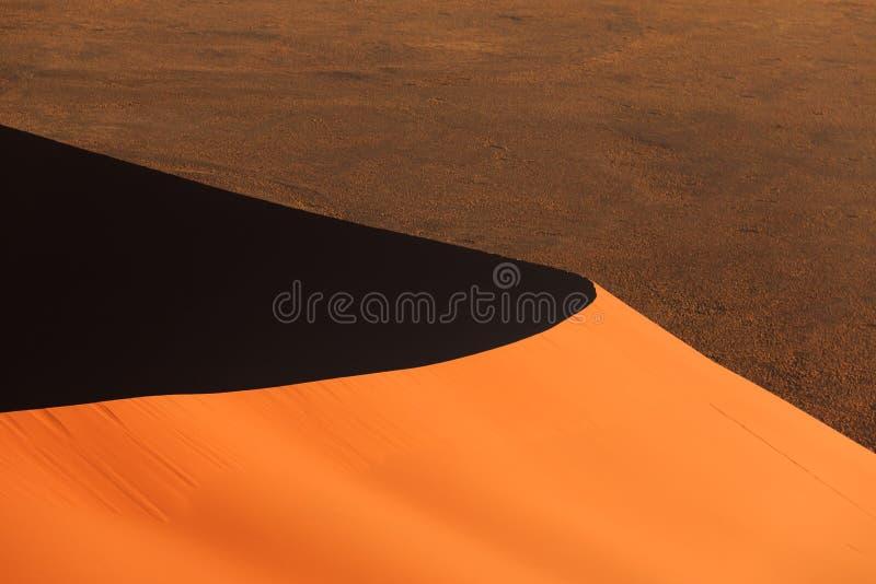 Rand rode sanddune Sossusvlei stock afbeelding