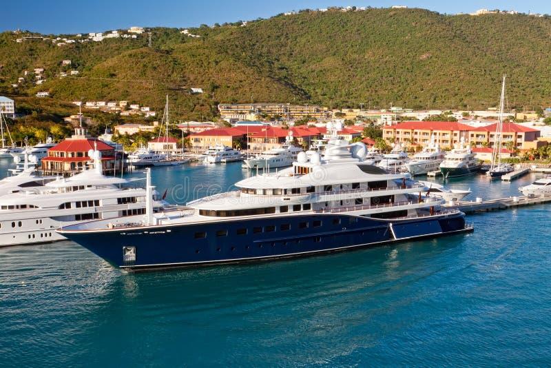 Randello e porticciolo dell'yacht in st Thomas immagine stock libera da diritti
