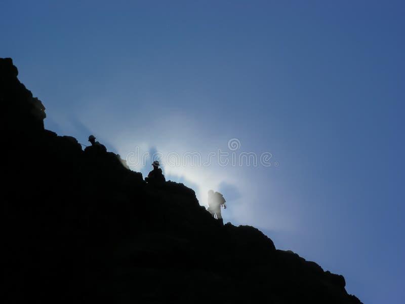 Ranek mgły skały Halni odłuszczacze fotografia stock