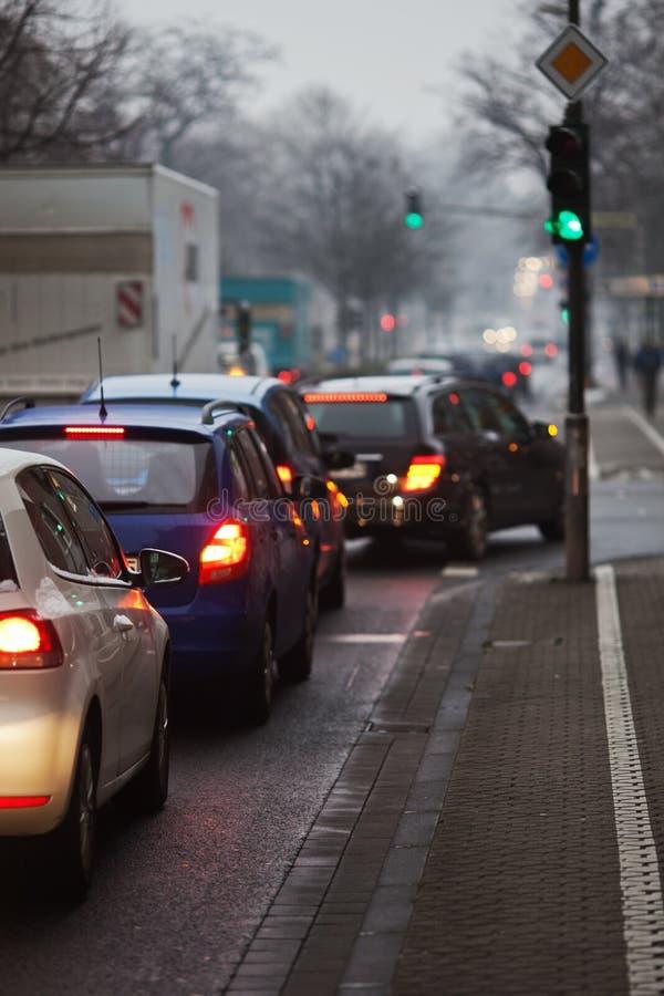 Ranek miasta ruch drogowy zdjęcie royalty free