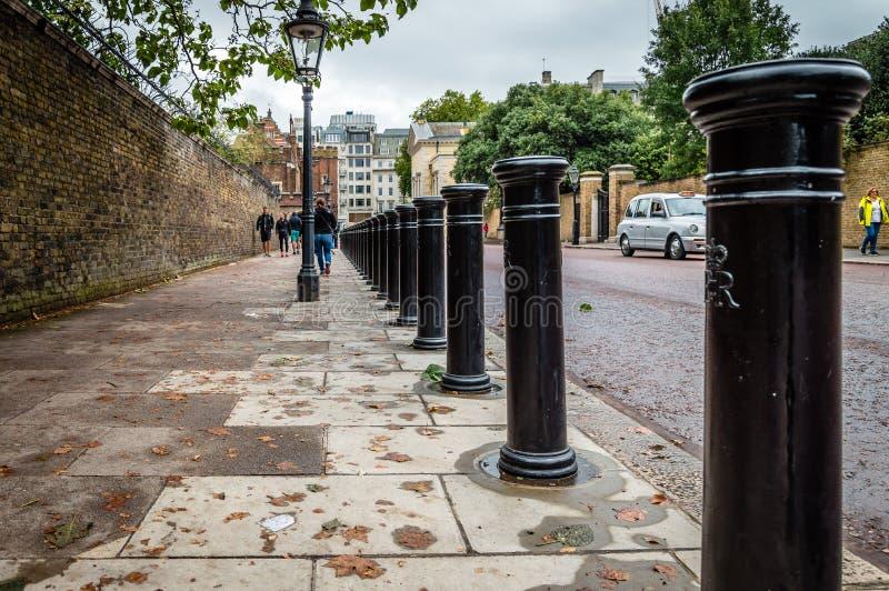Rangée des bornes à Londres, images stock