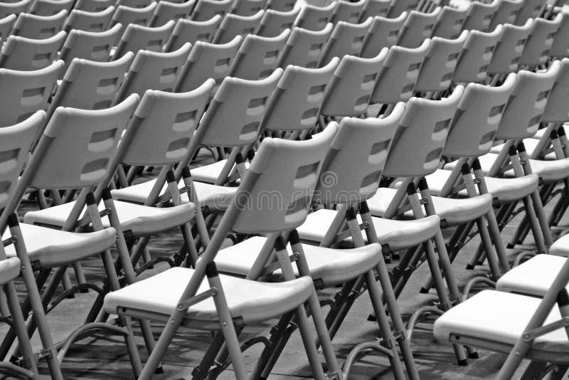 Rangée des chaises photo libre de droits