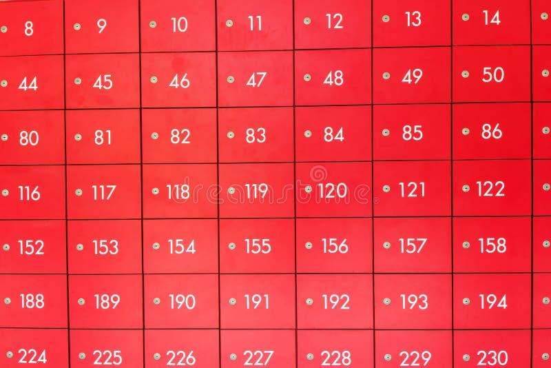 Rangées des boîtes postales rouges photos libres de droits
