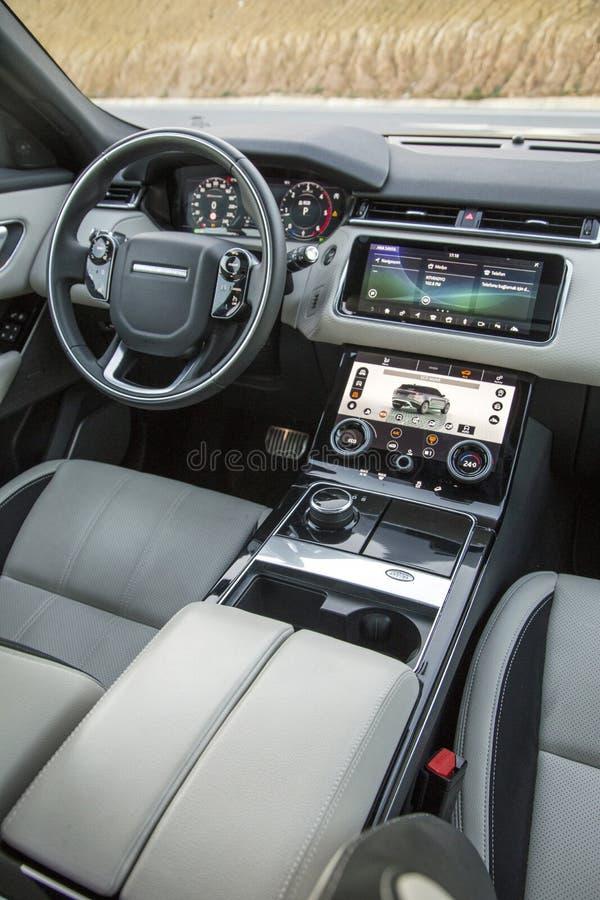 Range Rover Tylnoj?zykowy zdjęcia stock