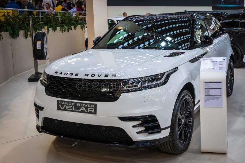 Range Rover Velar на 54th автомобиле и мотор-шоу Белграда международном стоковое изображение rf