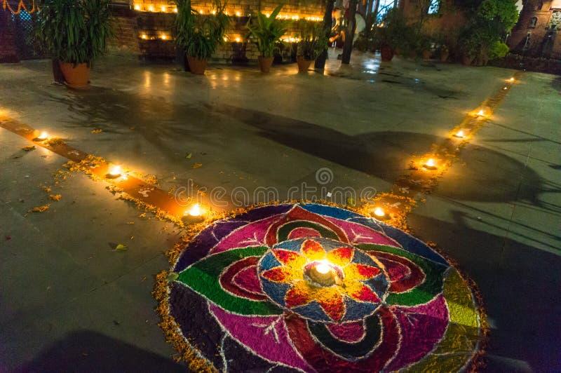 Rangoli bij het festival van Tihar Deepawali en Newari-Nieuwjaar in Kathmandy royalty-vrije stock foto