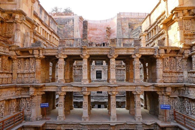 Ranien ki vav, een stepwell op de banken van Saraswati-Rivier in Patan Een Unesco-plaats van de werelderfenis in India stock foto